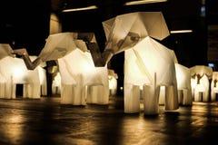 Elefantes de papel com luz conduzida Imagem de Stock