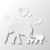 Elefantes mamá y amor y el cuidar del hijo Foto de archivo libre de regalías