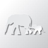 Elefantes mamá y cuidado del hijo Fotografía de archivo libre de regalías