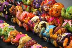 Elefantes peluches do brinquedo para a venda Imagem de Stock