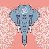 Elefanthuvud med en blom- prydnad royaltyfri fotografi