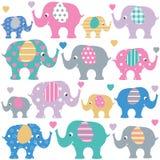 Elefanti ed insieme svegli dei cuori royalty illustrazione gratis