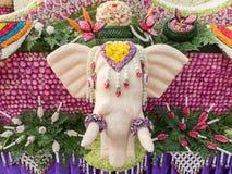 Elefantkunst wird gemacht vom Samen des indischen Sesams (Chiang Mai Flower Festival, Thailand) Lizenzfreie Stockfotos