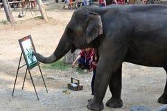 Elefantmålning fotografering för bildbyråer