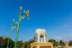 Elefantstaty Arkivfoton