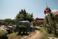 Elefantstatyer på Wat Chalong Temple Fotografering för Bildbyråer