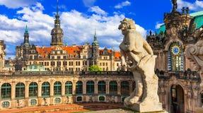 Elegan romantiska Dresden, Zwinger museum germany royaltyfri fotografi