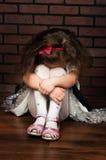 Eleganccy dziewczyna płacze zdjęcie stock