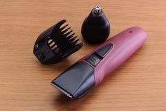 Eleganccy Elektryczni Włosiani fryzjerów męskich cążki, ostrzyżeń akcesoria dalej fotografia stock