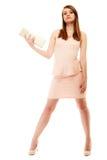 elegance Comprimento completo da menina no vestido cor-de-rosa e com bolsa Fotografia de Stock Royalty Free