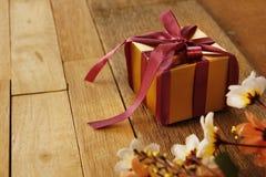 Elegance Golden Gift Box Royalty Free Stock Image