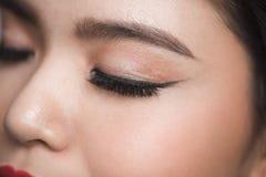Eleganci zakończenie piękny żeński oko z mody oka shado Fotografia Royalty Free