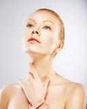 Elegancja. Czułość. Prawdziwa Piękna kobieta w zadumie Obraz Stock