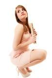elegancja Pełna długość dziewczyna w menchiach smokingowych z torebką i Zdjęcie Royalty Free