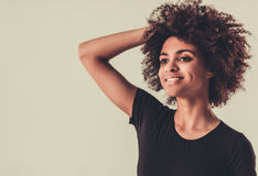 Elegancka Afro amerykanina dziewczyna Obrazy Royalty Free