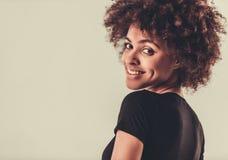 Elegancka Afro amerykanina dziewczyna Obraz Stock