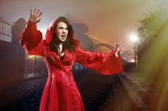 Elegancka młoda czarownica zdjęcia royalty free