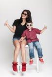 Elegancka matka i syn Obraz Royalty Free