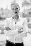Elegancka Poważna Biznesowa kobieta Zdjęcie Stock