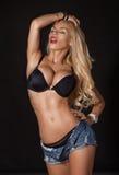 Elegancka seksowna blondynki kobieta pozuje w bieliźnie piękny taniec para strzału kobiety pracowniani young Wielki osioł bardzo  Fotografia Royalty Free