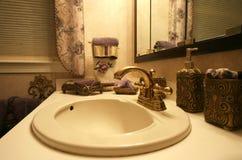 elegancka w łazience Zdjęcia Royalty Free