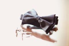 Elegancki bowtie i guziki dla mężczyzna Obraz Royalty Free