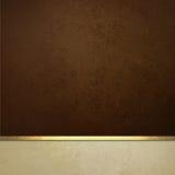 Elegancki brown papieru tło z bielu tasiemkowym podstrzyżeniem lub lampasem rabatowym i złocistym Obraz Stock