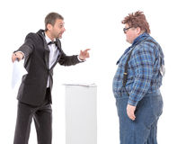 Elegancki mężczyzna argumentowanie z kraju gburem Fotografia Stock