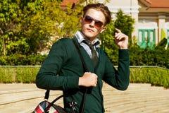 Elegancki moda mężczyzna miasta pojęcie zdjęcie stock