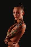 Elegancki model z jaskrawy makeup i ciała sztuką. Zdjęcia Royalty Free