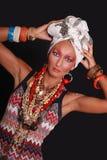 Elegancki model z jaskrawy makeup i ciała sztuką. Fotografia Stock