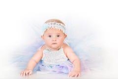 Elegancki niemowlęctwo, niemowlę w bujny spódnicie fotografia stock