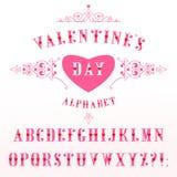 Elegancki różowy abecadło z czerwonymi sercami w retro stylu zdjęcia stock