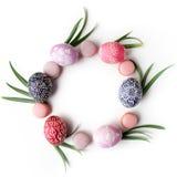 Elegancki Ramowy tło z Easter jajkami z kopii przestrzenią dla teksta Na białym tle Mieszkanie nieatutowy, odgórny widok Wielkano Obraz Royalty Free