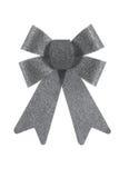 Elegancki srebny łęk połyskuje na białym tle, studio strzał Obraz Stock
