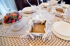 Elegancki stołu set dla śniadania lub lunchu Obrazy Stock