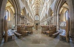 Elegancki symetryczny kościelny wnętrze Zdjęcia Stock