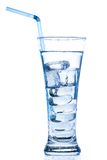 Elegancki wysoki szkło z lodu i wody kroplami Zdjęcie Stock