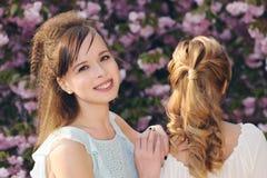 eleganckie piękne dziewczyny Zdjęcia Royalty Free