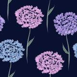 Eleganckiego rocznika bezszwowy kwiecisty wzór z wiosny ofertą kwitnie i liście, pinkj dalia kwiat na zmroku, błękitny i fiołkowy royalty ilustracja
