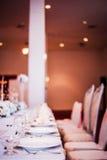 Elegant äta middag tabell Fotografering för Bildbyråer