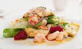 Elegant appetizer with shrimps and lettuce Stock Images