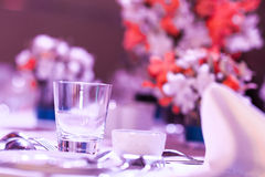 Elegant banquet table. Royalty Free Stock Photos