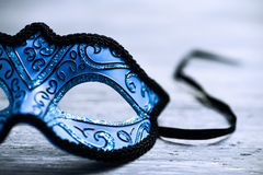 Elegant blauw Carnaval-masker Stock Foto's