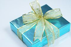 Elegant blue present Royalty Free Stock Photography