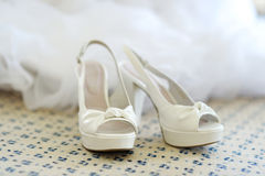 Elegant bridal shoes Royalty Free Stock Images