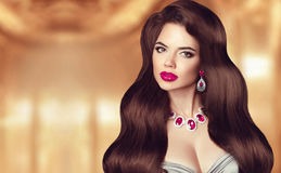 Elegant brunette woman. Hairstyle. Makeup. Beautiful girl model Royalty Free Stock Photos