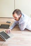 Elegant business multitasking multimedia man Royalty Free Stock Photos