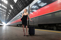 Elegant businesswoman travelling Royalty Free Stock Photos