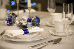 Elegant Christmas table setting Royalty Free Stock Images